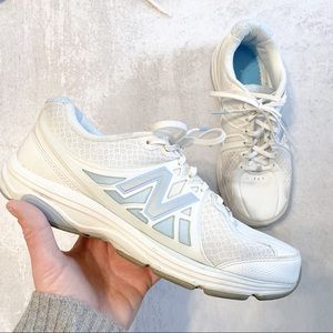 New Balance • WW847 walking sneaker